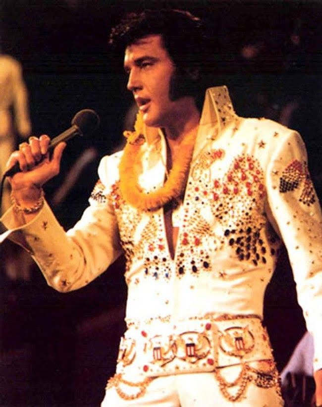 Elvis presley singing microphone